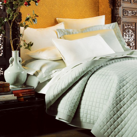 LUCREZIA SATEEN SHEET SETS